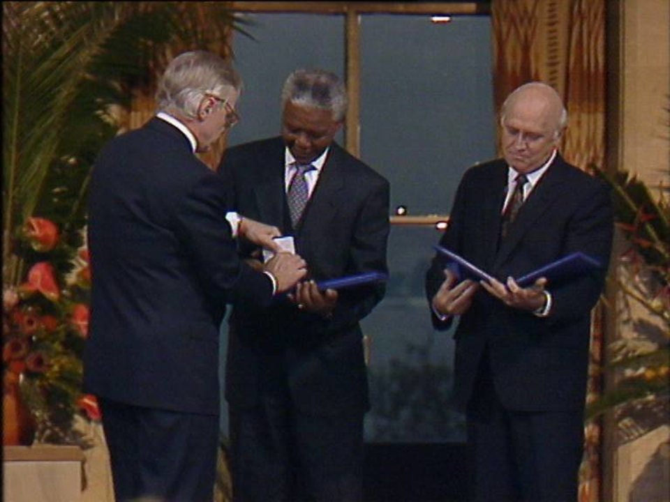 Nelson Mandela Biographical Nobelprize Org
