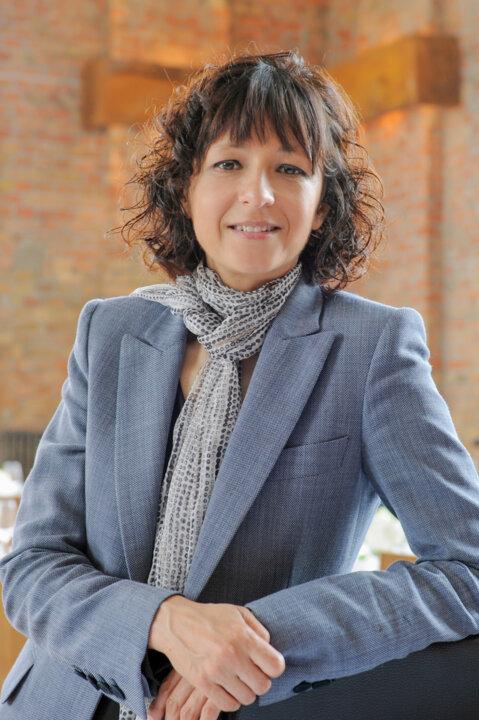 Portrait_Emmanuelle Charpentier (1)