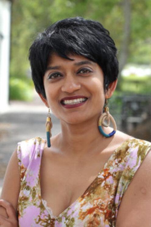 Sharmi Surianarain 300x400