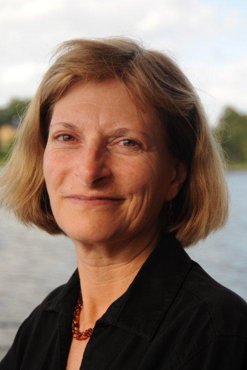 Sandra Postel