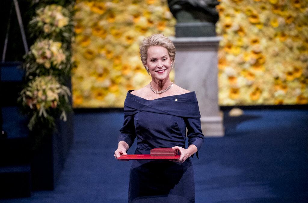 Frances H Arnold at award ceremony
