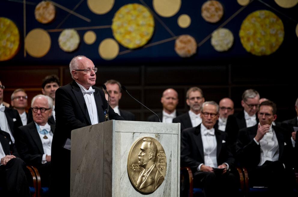 2019 Award Ceremony Speech Physics