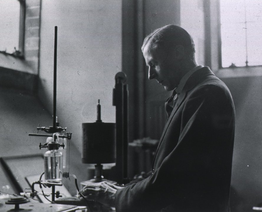 Edgar Adrian in the laboratory