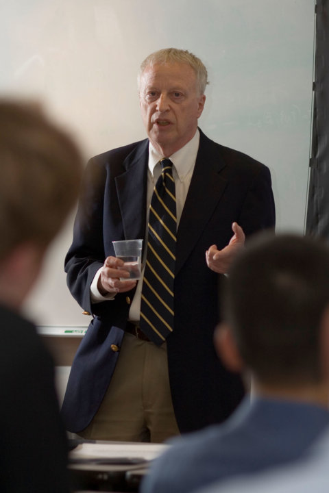 George A. Akerlof lectures at Berkeley