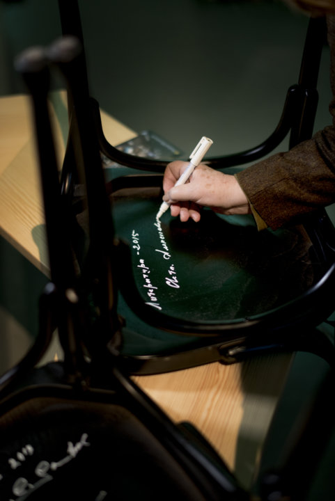 Like many Nobel Laureates before her, Svetlana Alexievich autographed a chair at Bistro Nobel at the Nobel Museum in Stockholm, 6 December 2015.