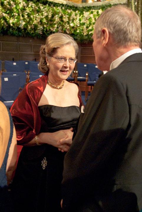 Elizabeth H. Blackburn on the stage of the Stockholm Concert Hall