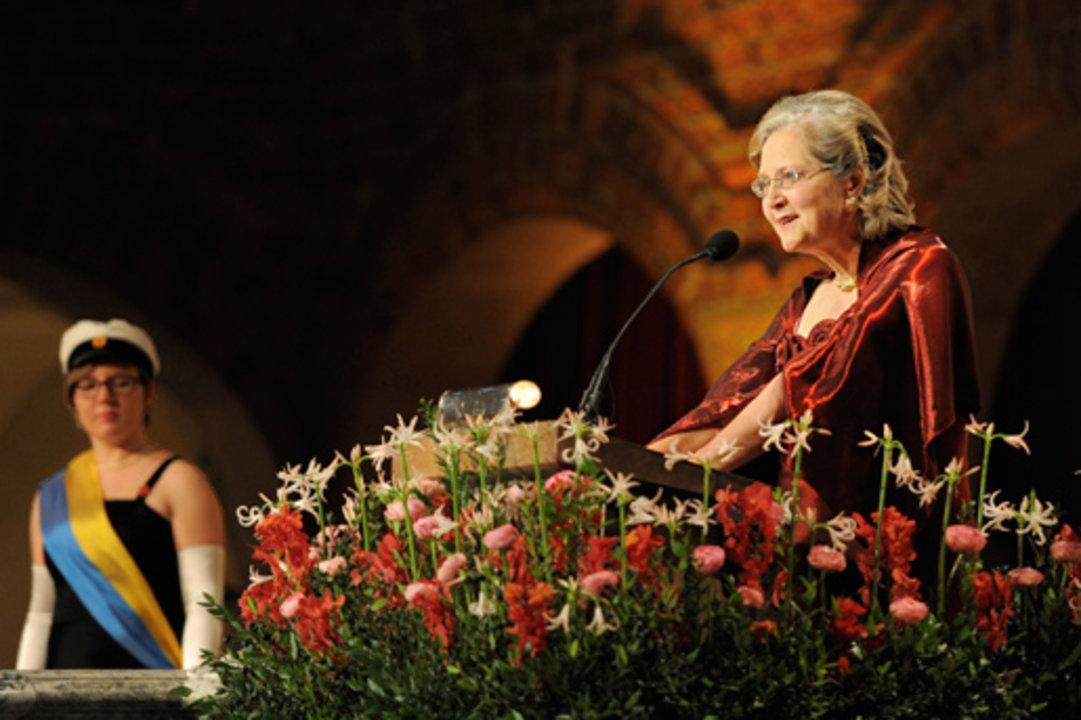 Elizabeth H. Blackburn delivers her banquet speech