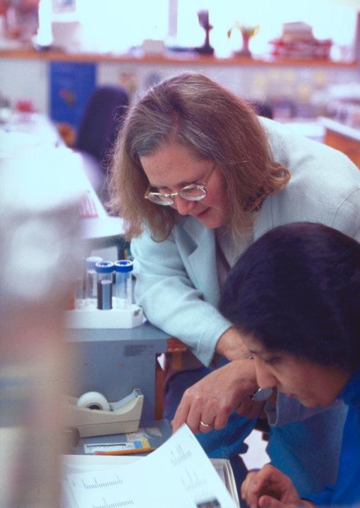 Elizabeth Blackburn with a student