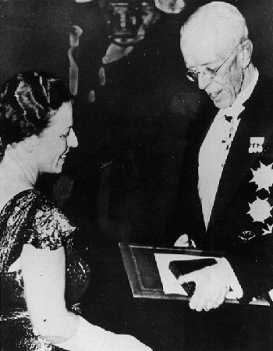 Pearl Buck receiving her Nobel Prize