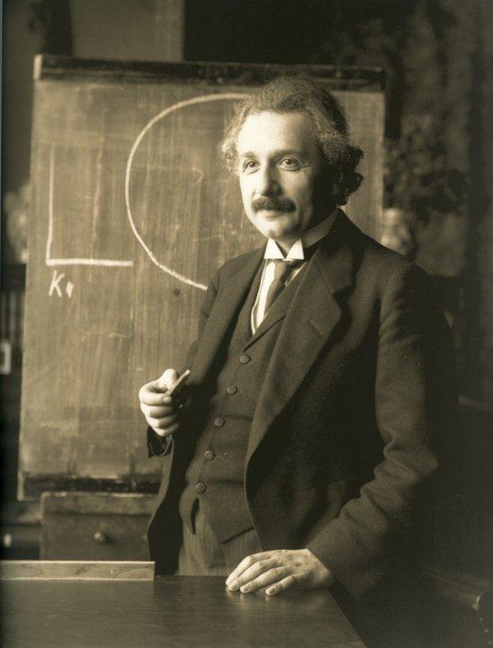 Albert Einstein lecturing in Vienna