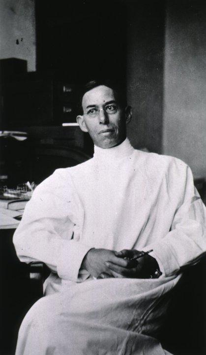 Joseph Erlanger in the laboratory