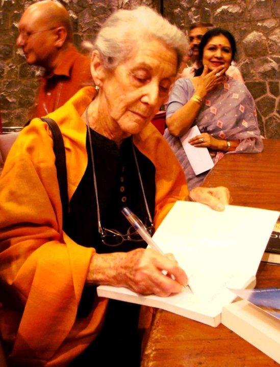 Nadine Gordimer signing books
