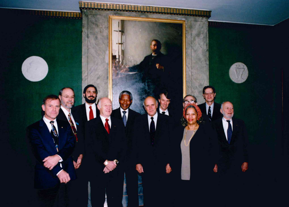 Group photo4 1993 laureates