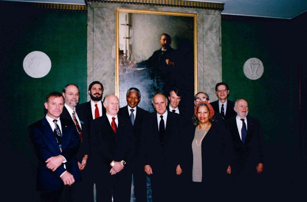 Group photo4 1993 laureates