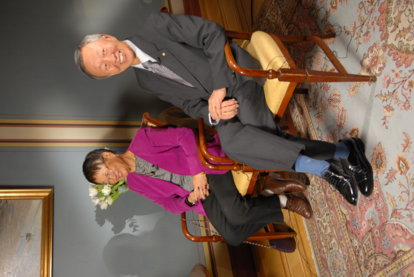 Mrs Gwen Kao and Charles K. Kao during the interview with Nobelprize.org