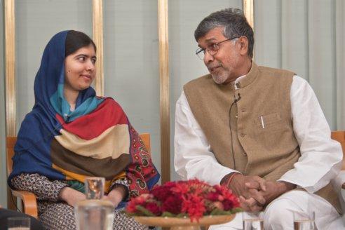 Malala Yousafzai and Kailash Satyarthi during a visit to the Norwegian Nobel Committee, 10 December 2014.