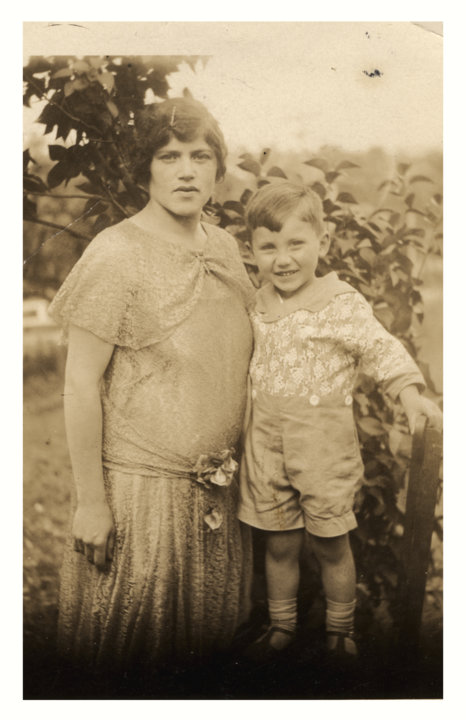 Joshua Lederberg, at age four, with his mother, Esther