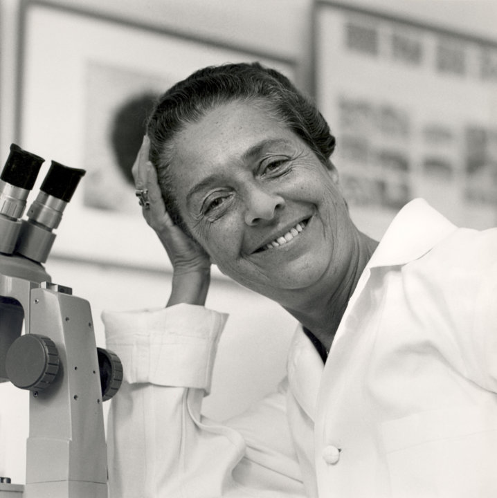 Rita Levi-Montalcini in her laboratory in the early 1960s