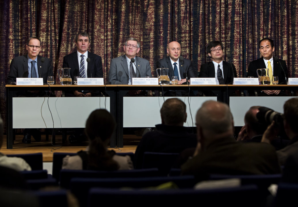 Press conference at the Royal Swedish Academy of Sciences on 7 December 2014. From left: Laureate in Economic Sciences Jean Tirole, Nobel Laureates in Chemistry Eric Betzig, William E. Moerner, Stefan W. Hell, Nobel Laureates in Physics Hiroshi Amano and Shuji Nakamura.