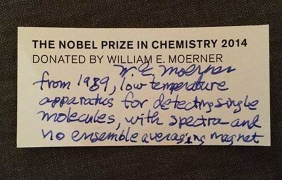 William E. Moerner's hand-written label on the gift to the Nobel Museum.