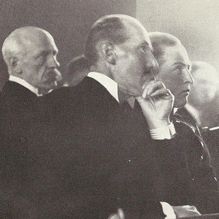 Fridtjof Nansen, King Haakon VII and Crown Prince Olav of Norway at the Nobel Peace Prize Award Ceremony in 1922. By Fridtjof Nansen, The book Eventyrlyst, written by Fridtjof Nansen. Public domain, via Wikimedia Commons