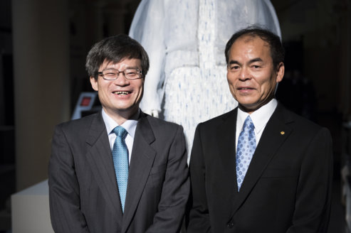Physics Laureates Hiroshi Amano (left) and Shuji Nakamura (right) at the 2014 Nobel Laureates' Get together at the Nobel Museum in Stockholm, Sweden, on 6 December 2014.