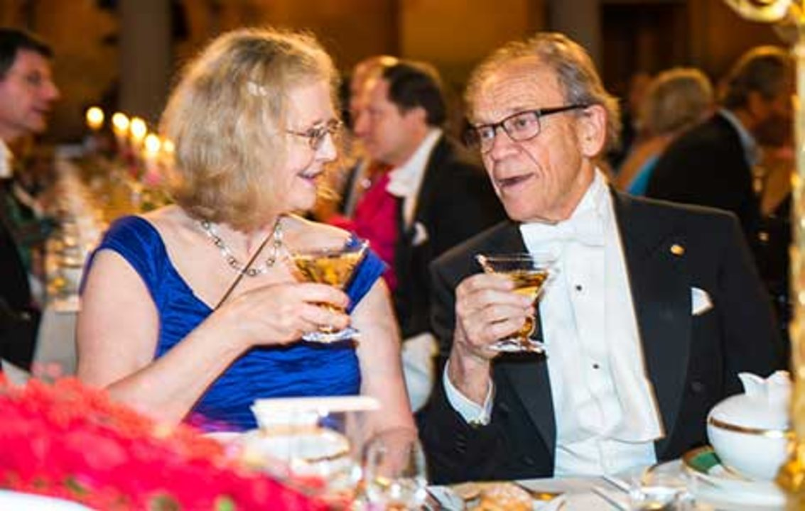 Elizabeth H. Blackburn and 1981 Nobel Laureate in Physiology or Medicine Torsten Wiesel at the table of honour at the 2014 Nobel Banquet, 10 December 2014.