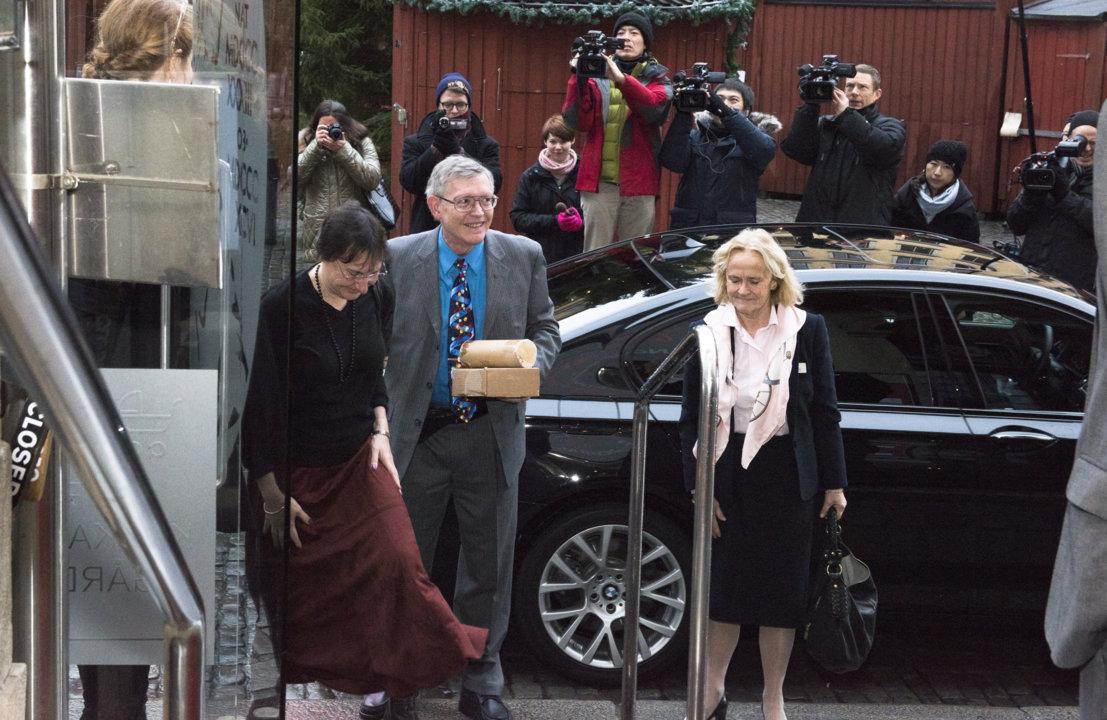 William E. Moerner arriving at the Nobel Museum in Stockholm, Sweden, for the 2014 Nobel Laureates' Get together on 6 December 2014.