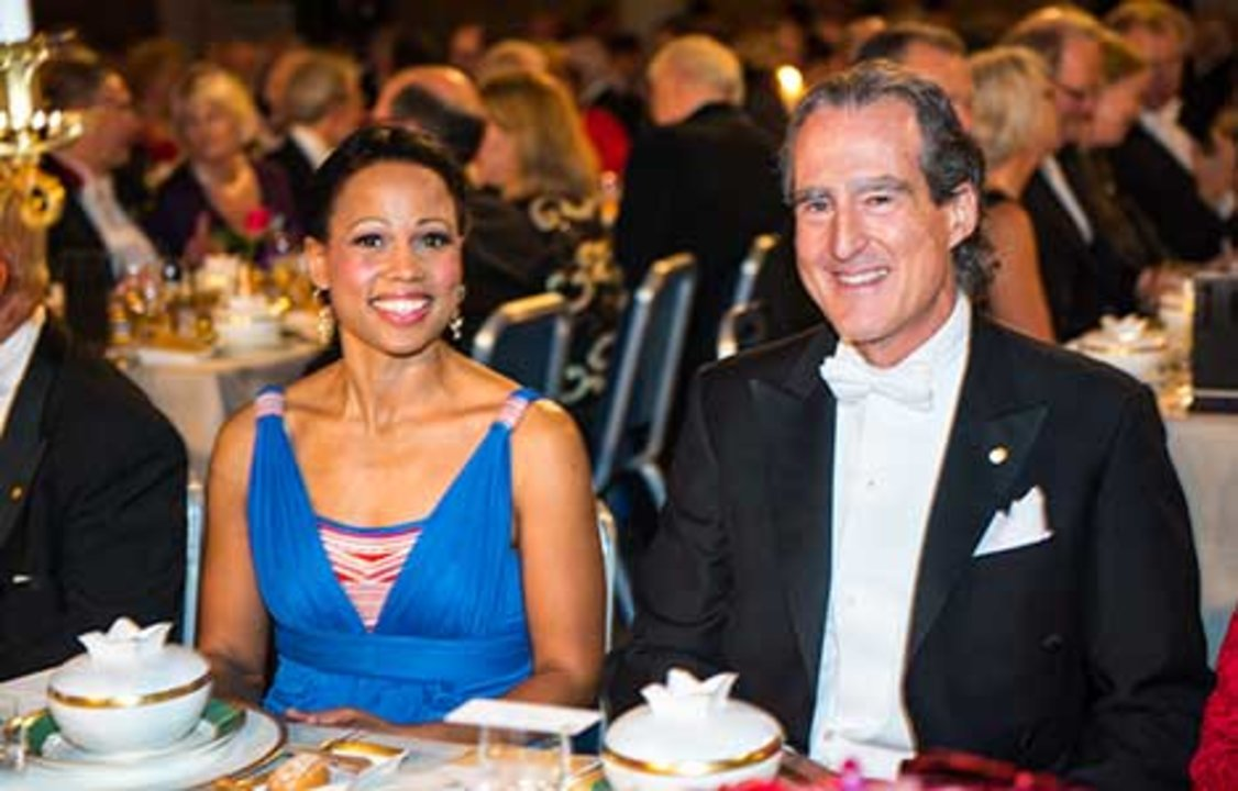 Craig C. Mello and Swedish Minister for Culture and Democracy Alice Bah Kuhnke at the table of honour at the 2014 Nobel Banquet, 10 December 2014.