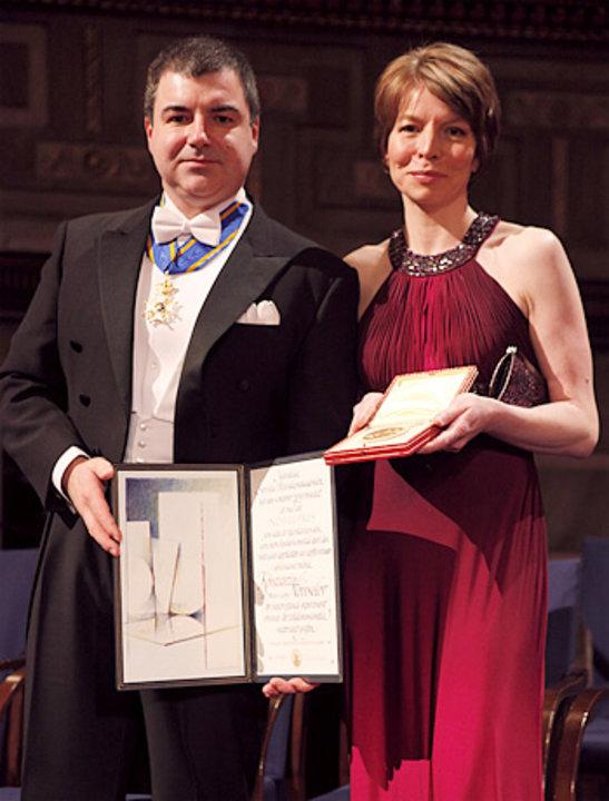 Konstantin Novoselov with his wife