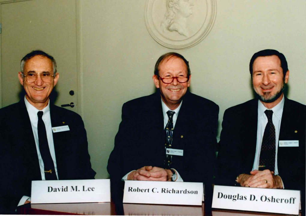 Physics Laureates 1996