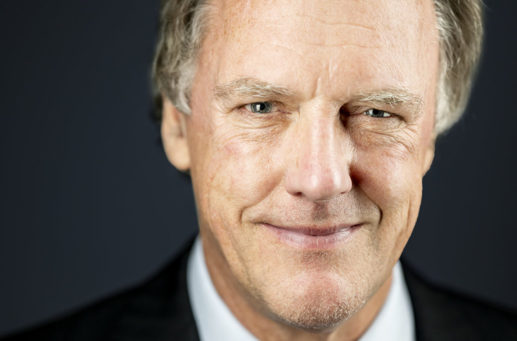 Peter Ratcliffe official Nobel portrait