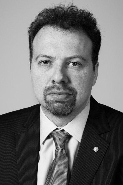 Adam G. Riess
