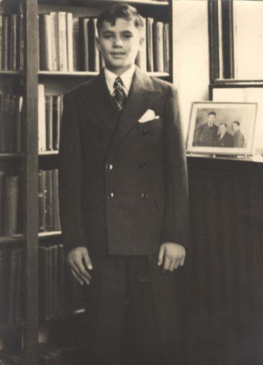 Martin Rodbell, December 1938
