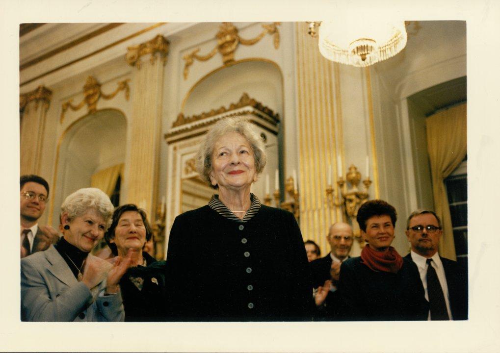 Wislawa Szymborska at SVAK Bild kuvert S 047