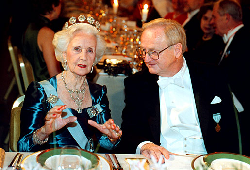 Princess Lilian of Sweden in conversation with Nobel Laureate Arvid Carlsson.