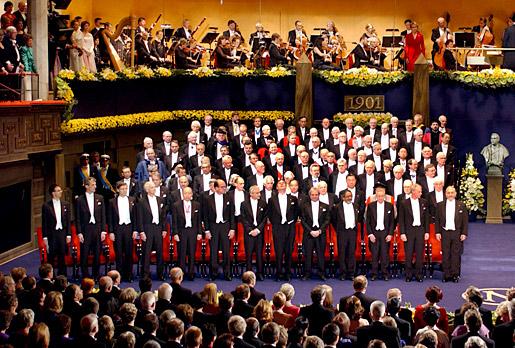 All 2001 Nobel Laureates on stage