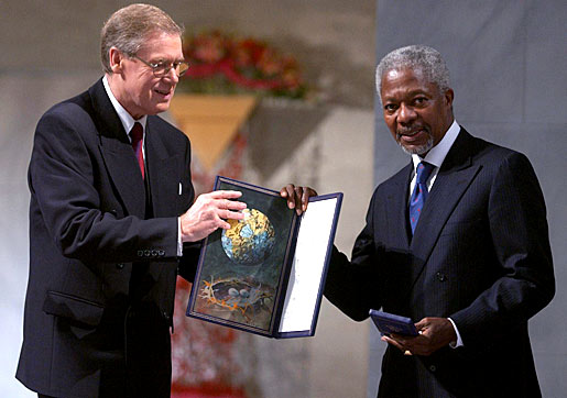 Kofi Annan receiving his Nobel Peace Prize