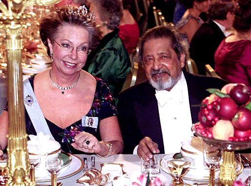 V. S. Naipaul and Swedish Princess Christina during the Nobel Banquet