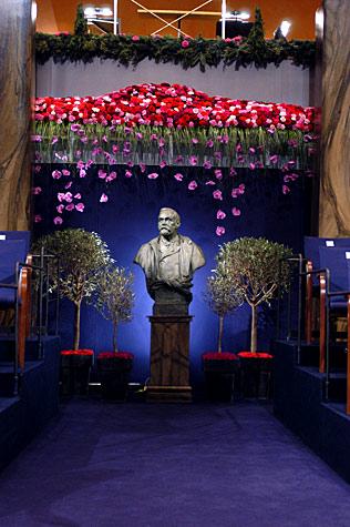 The Nobel Prize Award Ceremony 2004 Nobelprize Org