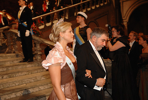 Paul Krugman arrives accompanied by Princess Madeleine of Sweden to the Nobel Banquet