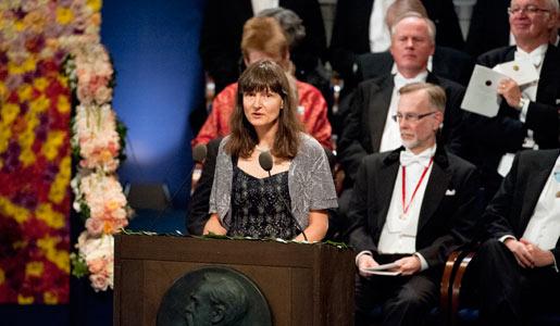 Professor Sara Snogerup Linse presenterar Nobelpriset i kemi