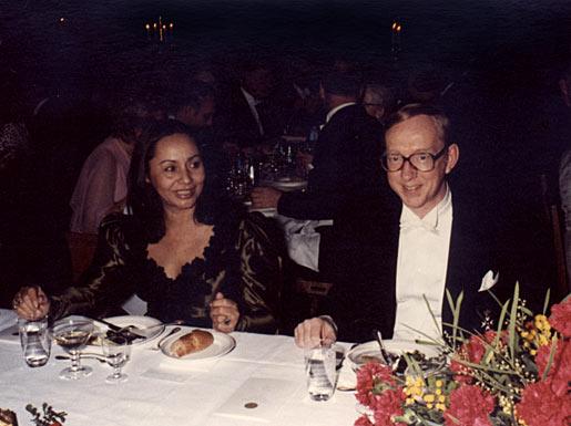 Bengt I. Samuelsson and Señora Mercedes Barcha de García Márquez, wife of Gabriel García Márquez, Nobel Laureate in Literature
