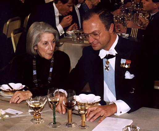 Nadine Gordimer and HM King Carl XVI Gustaf of Sweden at the Nobel Banquet in the Stockholm City Hall, Sweden, on 10 December 1991