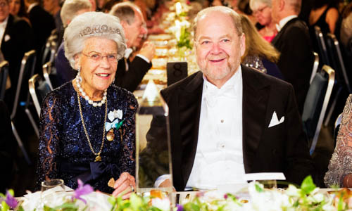 James E. Rothman and Countess Alice Trolle-Wachtmeister at the table of honour
