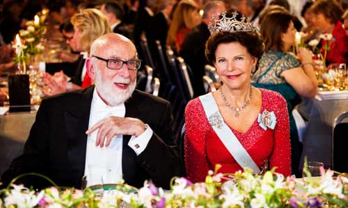 François Englert with Her Majesty Queen Silvia of Sweden at the table of honour.