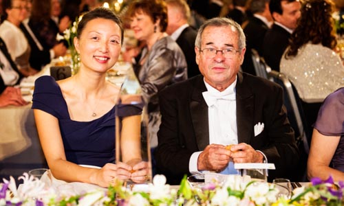 Arieh Warshel and Mrs Lu Chen at the table of honour.