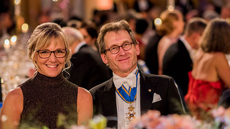 Benard L. Feringa and Jenni Ahlin, journalist, at the table of honour at the Nobel Banquet
