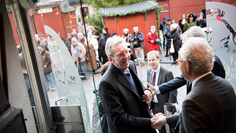 Jean-Pierre Sauvage arriving at the Nobel Museum