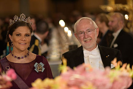 Crown Princess Victoria of Sweden and Arthur B. McDonald at the table of honour.